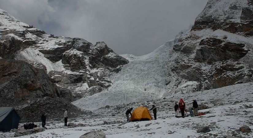 Tented Camp near Abi High Camp (5610m/18401ft)