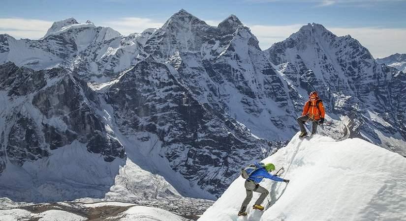 Ama Dablam Summit (6812m/22343ft)