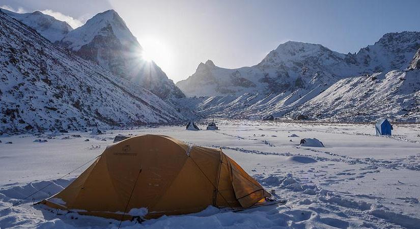 Camping at Bokta Base Camp (5123m/16803ft)