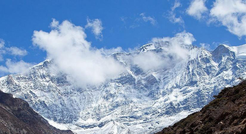 Mountain Range of Chulu (6584m/2159ft)