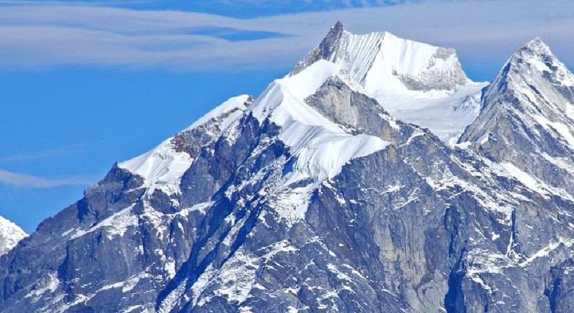 Majestic view of Kwangde Peak (6187m/20298ft)