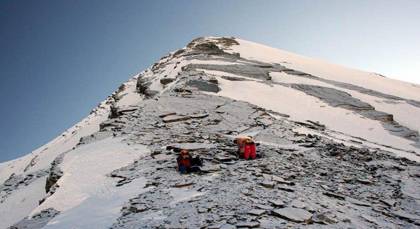 Pisang Peak (6091m/19983ft)