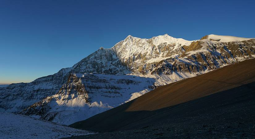Sunrise View of Tukuche Peak
