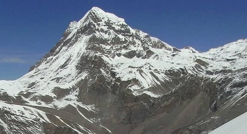 Kang Guru (6981m/22897ft)