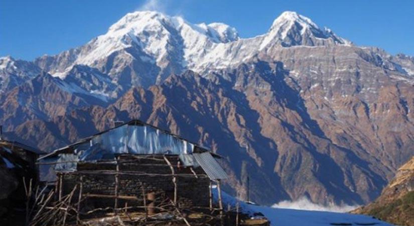 Mardi Himal Base Camp (4100m/13448ft)