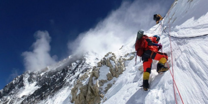 Best Month to Climb Mount Everest